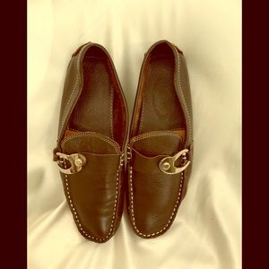 Tods dark brown loafer 7 beautiful condition